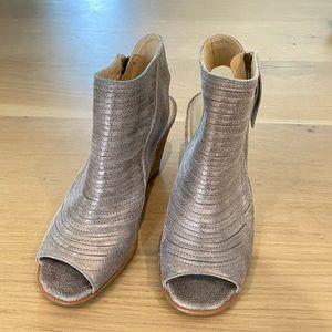 Paul green heeled open toe booties